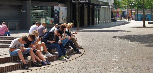 Nastolatkowie w sieci – zalety i wady wirtualnego świata