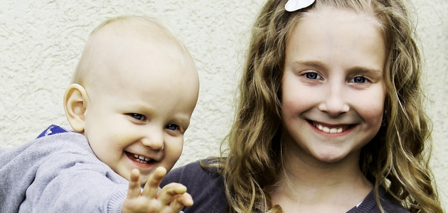 Jak poradzić sobie z zazdrością dziecka o niemowlaka?