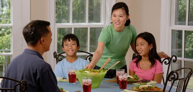 Przy jednym stole - czyli znaczenie wspólnych posiłków