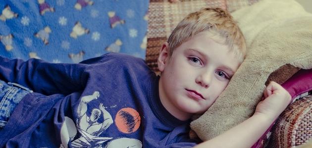 Jak chronić dziecko przed przeziębieniem, gdy infekcja dopadła jego rodzeństwo?
