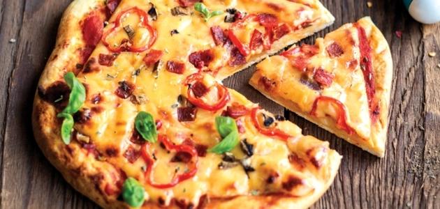 Pizza Seromaniaka z salami i chili