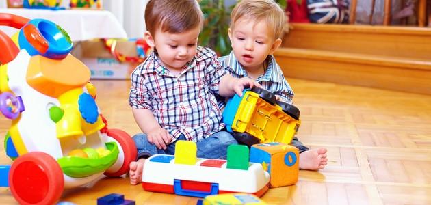 Rozwój rocznego dziecka – coraz większa samodzielność