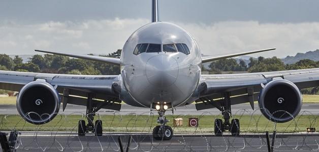 Lot samolotem z niemowlęciem