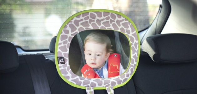 Podróż z dzieckiem - co warto ze sobą zabrać do auta?