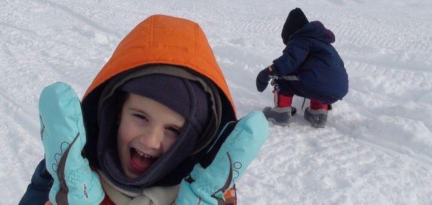 Dlaczego zimą warto wychodzić z dzieckiem na spacer?