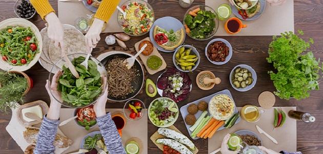 Warzywa i Owoce. Dlaczego powinniśmy jeść je codziennie i jak to zrobić?